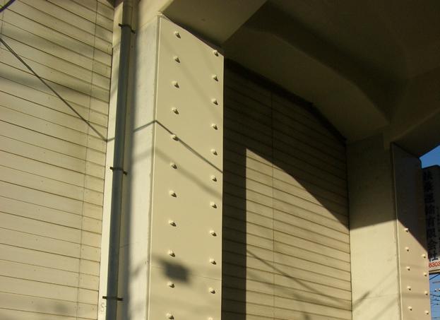 鋼板巻き建て工法(耐震)