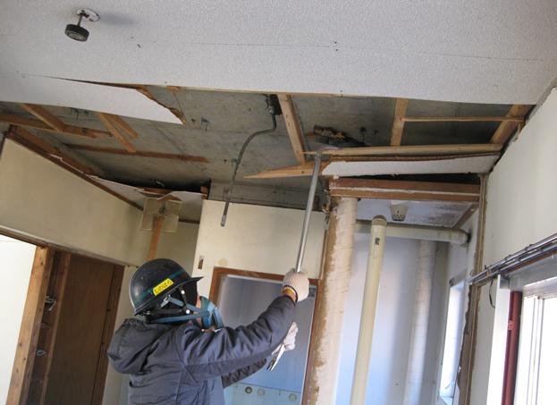 改修のための住宅解体
