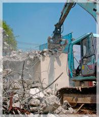 環境に配慮した解体、安心して暮らすための耐震補強工事